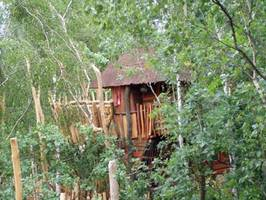 Tree House Hotel Germany Kulturinsel Einsiedel Bodelmutz